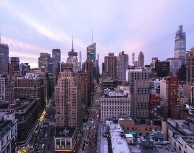West 34th Street - Photo Thumbnail 8