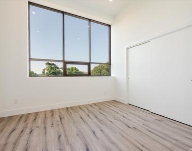 316 Fulton Avenue - Photo Thumbnail 5