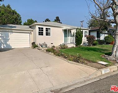 3284 Glendon Ave - Photo Thumbnail 12