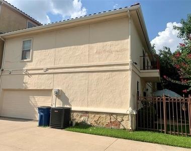 7801 Linwood Avenue - Photo Thumbnail 26