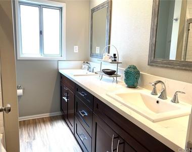 5028 Rubio Avenue - Photo Thumbnail 18
