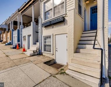700 W 36th Street - Photo Thumbnail 2