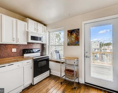 700 W 36th Street - Photo Thumbnail 21