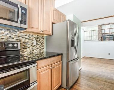 104 W Montgomery Street - Photo Thumbnail 8