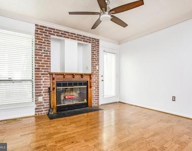 104 W Montgomery Street - Photo Thumbnail 4