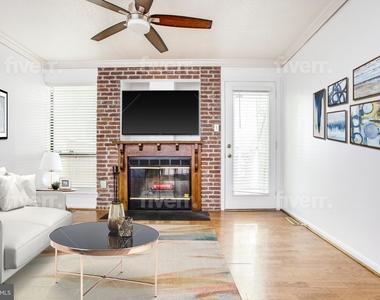 104 W Montgomery Street - Photo Thumbnail 2