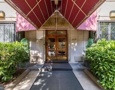 1010 25th Street Nw - Photo Thumbnail 0
