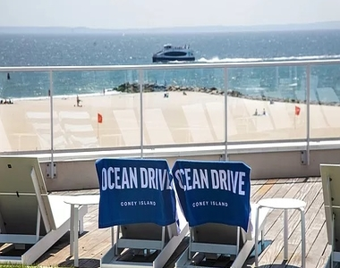 1 Ocean Drive - Photo Thumbnail 9