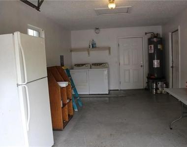 4043 Gray Oak Place - Photo Thumbnail 20