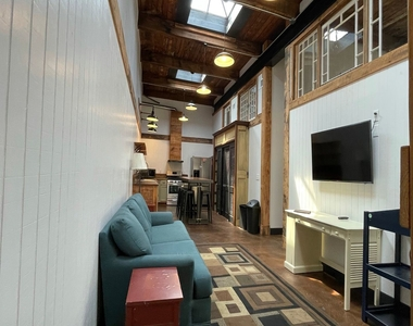 916 Washington Blvd - Upper Floor - Photo Thumbnail 21