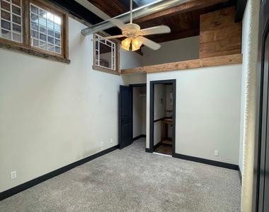 916 Washington Blvd - Upper Floor - Photo Thumbnail 33