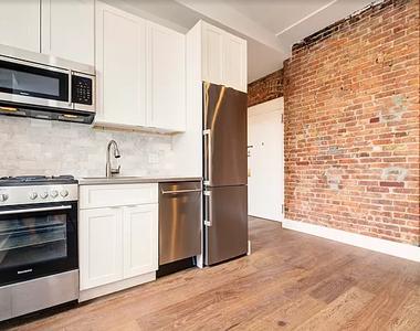 106 Ridge Street - Photo Thumbnail 0