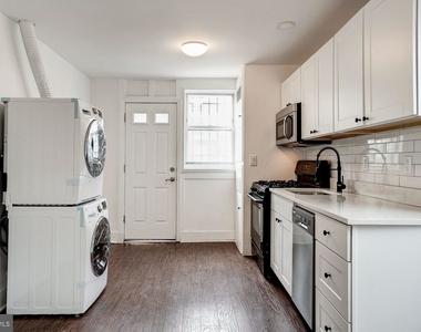 810 Otis Place Nw - Photo Thumbnail 3