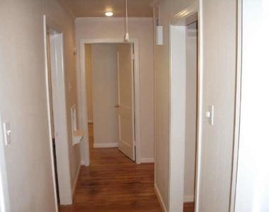 302 Graceland Street - Photo Thumbnail 5