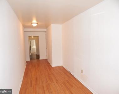 935 W Lombard Street - Photo Thumbnail 9