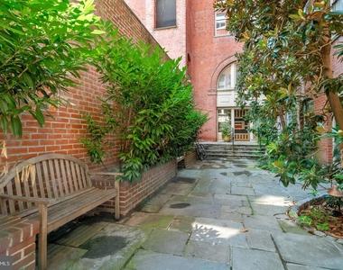 1720 Lombard Street - Photo Thumbnail 5