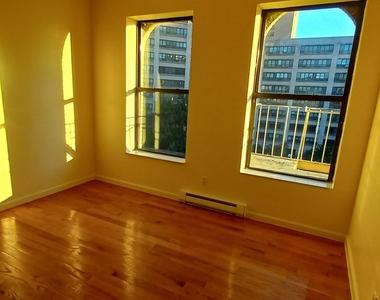 West 111th Street - Photo Thumbnail 0