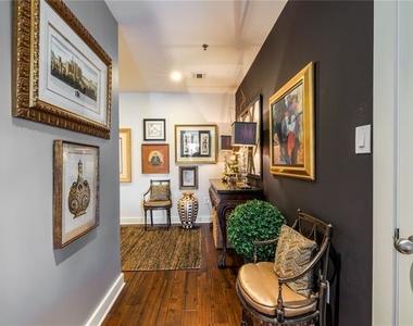 845 Spring Street Nw - Photo Thumbnail 2