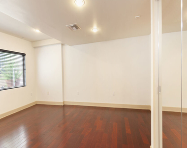 1409 Armacost Ave - Photo Thumbnail 18