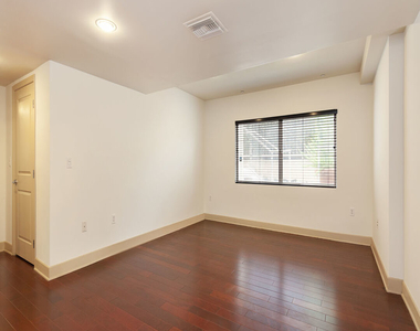 1409 Armacost Ave - Photo Thumbnail 21