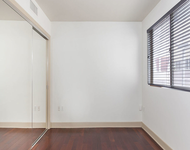 1409 Armacost Ave - Photo Thumbnail 14