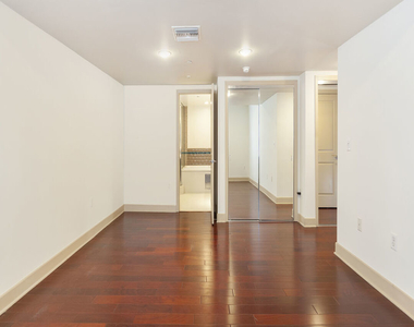 1409 Armacost Ave - Photo Thumbnail 22