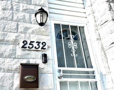 2532 Druid Hill Avenue - Photo Thumbnail 3