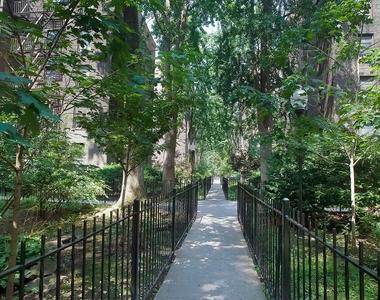 2816 8th Avenue - Photo Thumbnail 5