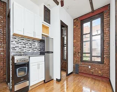 East 12th Street - Photo Thumbnail 0
