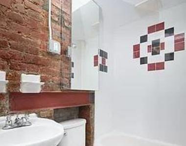 East 12th Street - Photo Thumbnail 5