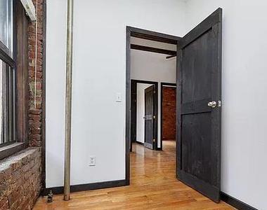East 12th Street - Photo Thumbnail 7