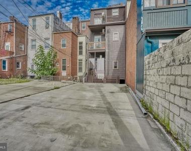 1208 N Calvert Street - Photo Thumbnail 23