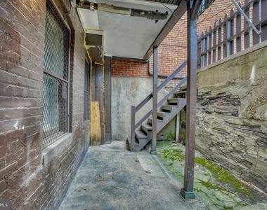 1208 N Calvert Street - Photo Thumbnail 21
