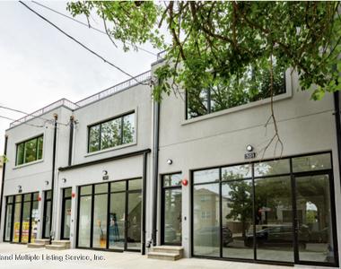 299-301 Cromwell Avenue - Photo Thumbnail 1