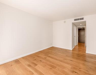 800 W 1st Street - Photo Thumbnail 19
