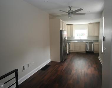 3031 Memphis Street - Photo Thumbnail 5