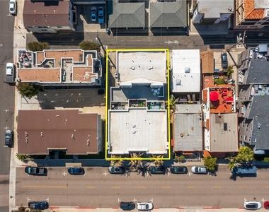 427 Manhattan Avenue - Photo Thumbnail 34