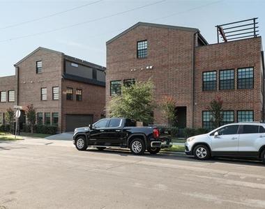 602 Finley Court - Photo Thumbnail 3