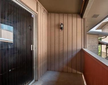 2627 Douglas Avenue - Photo Thumbnail 1