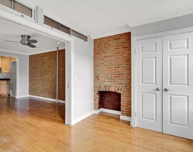 East 7th Street & First Avenue - Photo Thumbnail 0