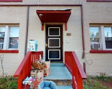 1413 Ridge Pl Se - Photo Thumbnail 6