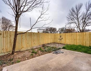 13348 Southview Lane - Photo Thumbnail 23