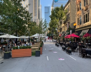 330 West Grand Avenue - Photo Thumbnail 21