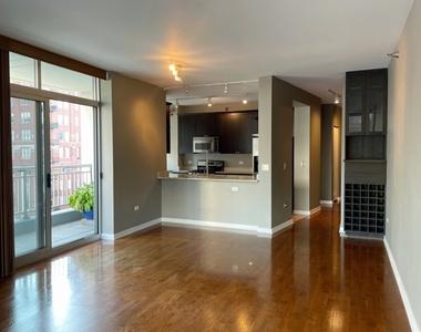 330 West Grand Avenue - Photo Thumbnail 1