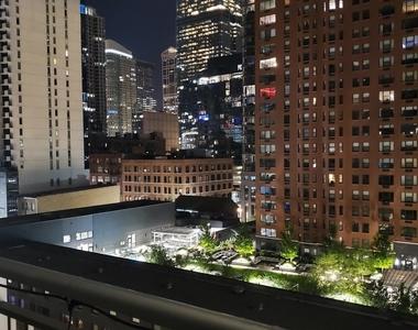 330 West Grand Avenue - Photo Thumbnail 15