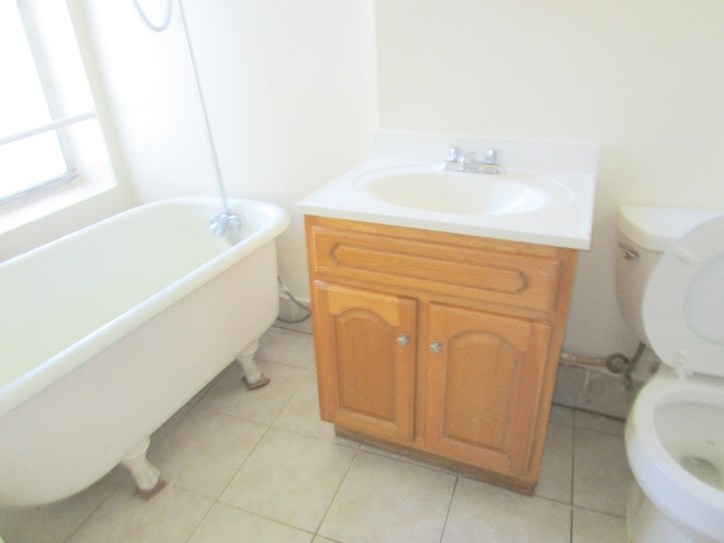 1 Bedroom at 557 Wilson Avenue posted by Shirley Ozery for $1,750 ...