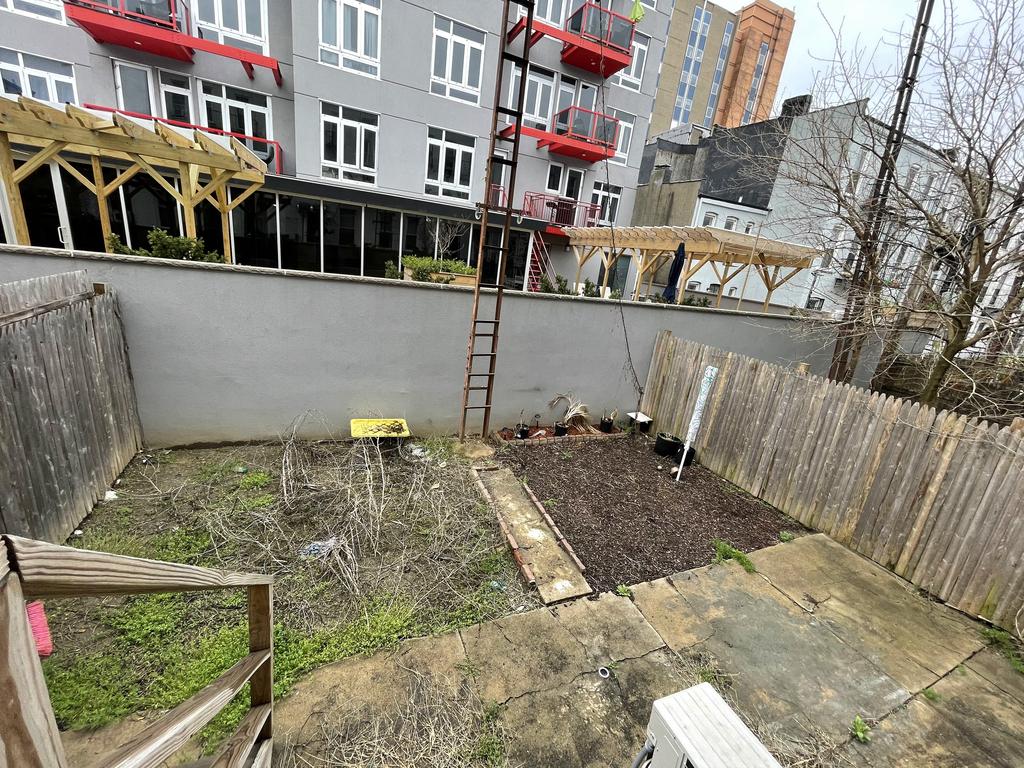 Dekalb Ave - Photo 10