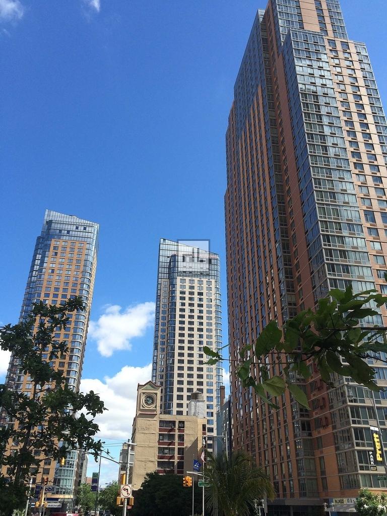 City Point - Photo 9