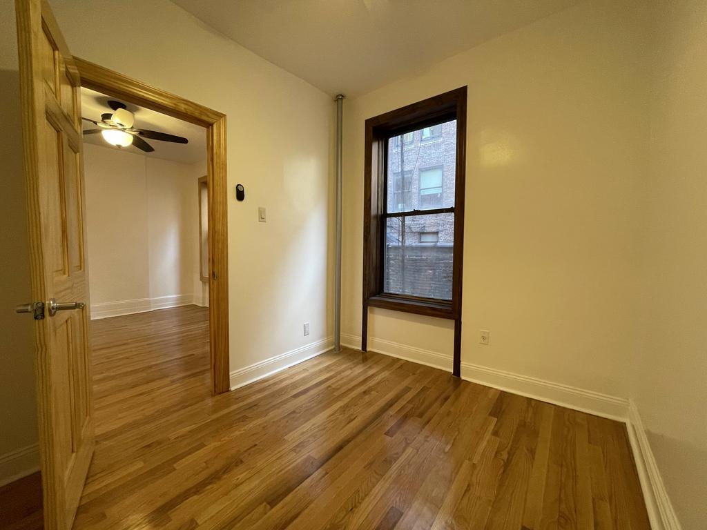 404 8th Avenue - Photo 4
