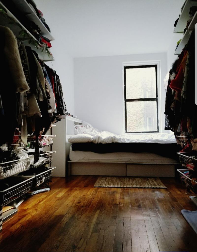 206 West 21st Street - Photo 0